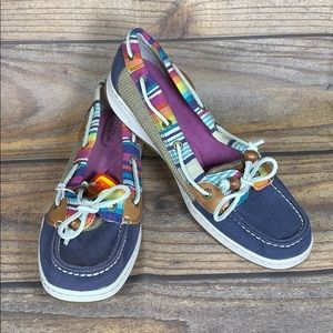 SPERRY NEW striped beachy boat shoes